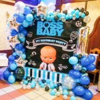 Фотозона из шариков для мальчика Boss Baby