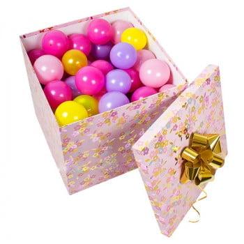 Коробка с бантом и шариками для подарка (70/70)